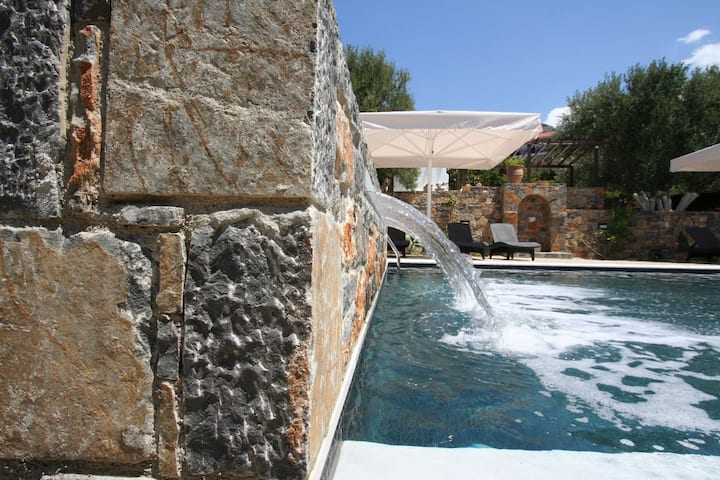 Villa Castello with Sea view and wonderfull Pool