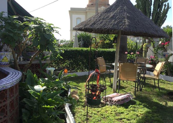 Idyllic house with splendid garden - Chipiona - Casa