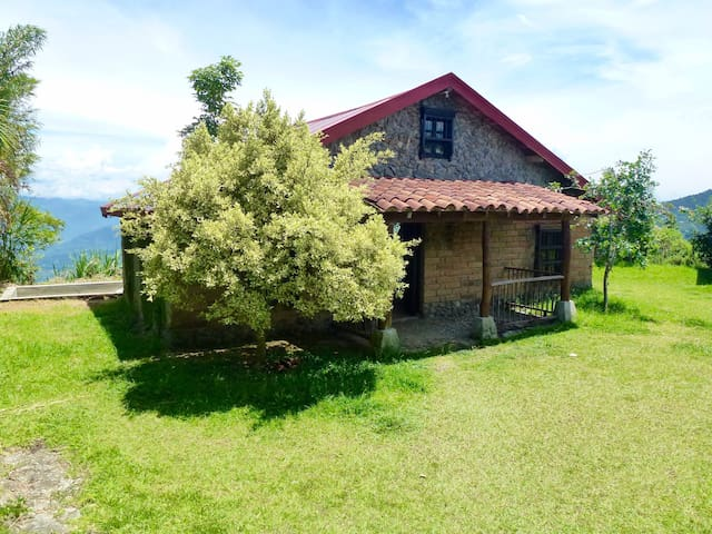 Finca in pure nature - Medellin - Dom