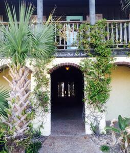 Pensacola Beach Studio - Pensacola Beach - บ้าน
