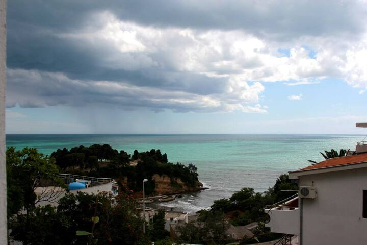 Wonderful sunny apartment +SeaView Balcony, S1 - Ulcinj - House