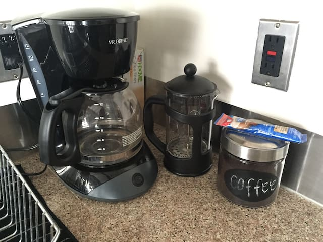 French Press & Classic Drip with gourmet coffee