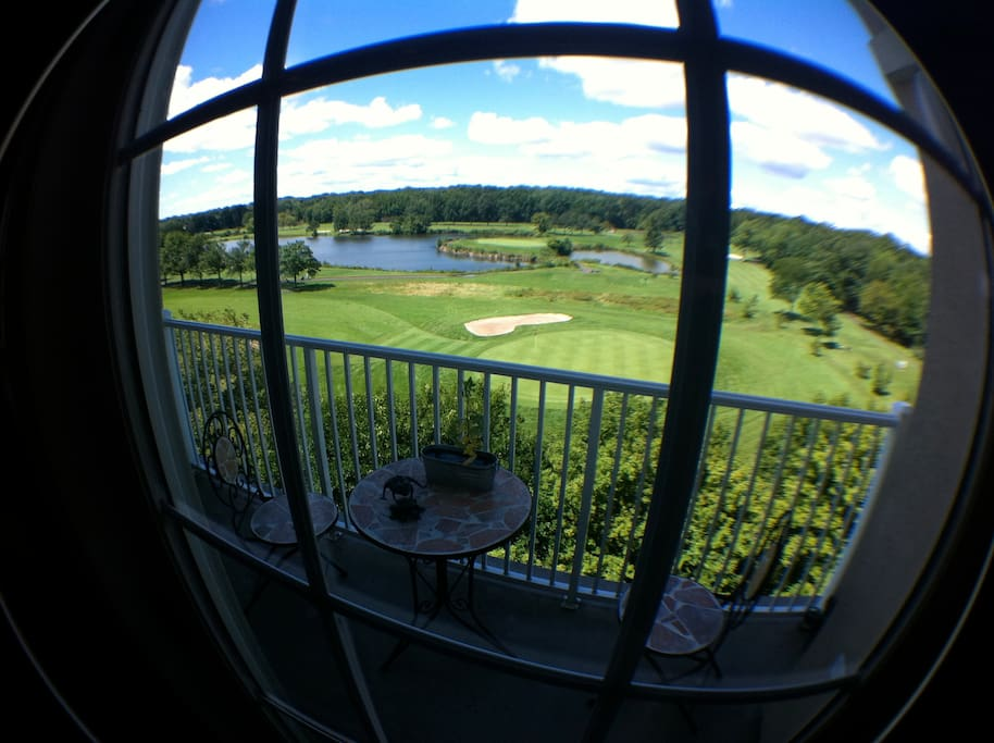 Balcony w/gorgeous '9th hole' view, off of the kitchen area.