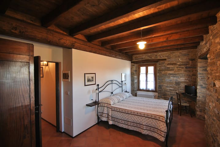Ospitalita'Rurale Casa Cani - Berceto - Bed & Breakfast
