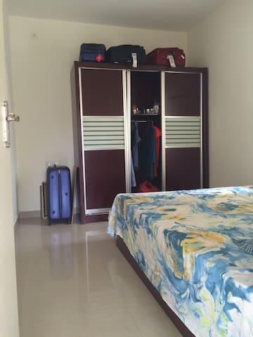 Bedroom2View1