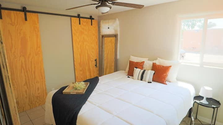 ❤️Nob Hill/UNM⭐️Unique Remodeled Apt🛏️King Bed