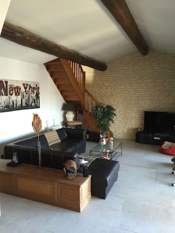 2 Chambres d hôtes avec Salle de bain et wc privés - Marguerittes - Villa
