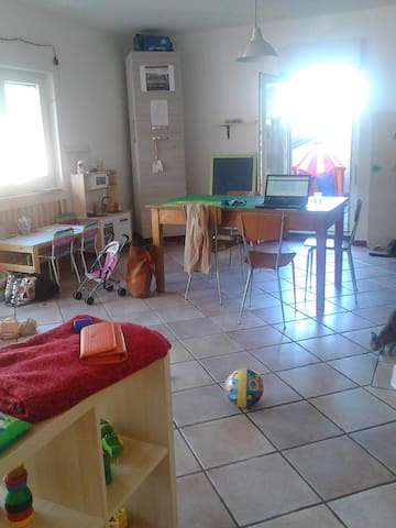 appartamento luminoso tre camere - Morbegno