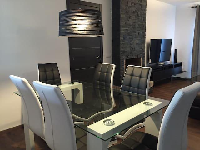 Designer Villa  Beach-300m +Wifi - มิจาส - วิลล่า