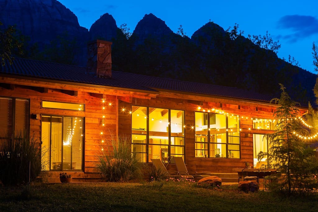 Amazing outdoor patio spaces and large windows so Zion feels close at all times