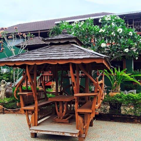 Lampang Family guesthouse - Thung Fai - House
