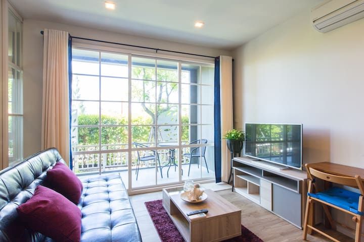 1BR Foreigner Friendly Beach Condo in Hua Hin - Hua Hin - Condominium