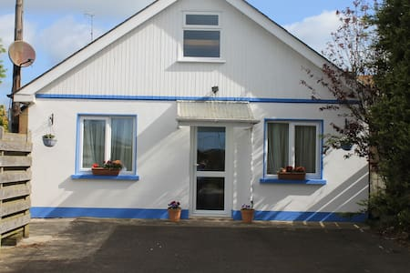 Holiday Chalet near the beach - Seamount, Courtown,Gorey - Chalé