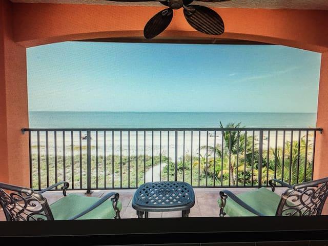 Luxury Beachfront Villa Del Mar 3102 Estero