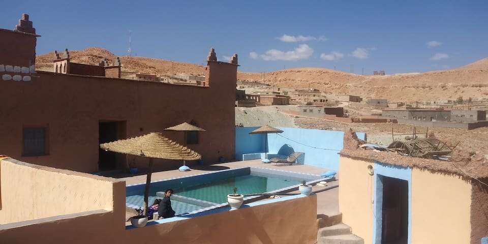 2 bedroom apartment with pool Ait ben haddou