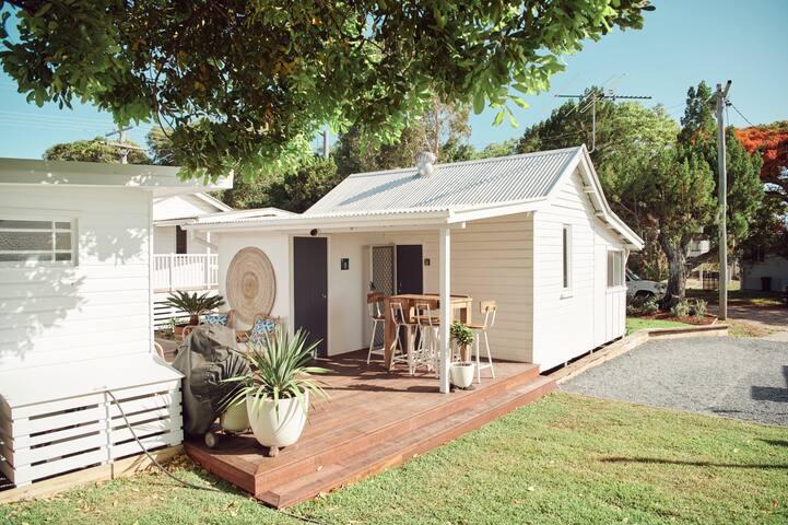 Cosy Cottage 2 | 2 Bedroom, 1 Bathroom, Sleeps 3