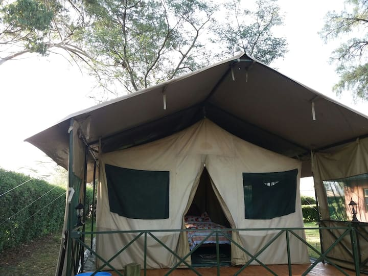 Manera Farm - Luxury tent in Settler Farm