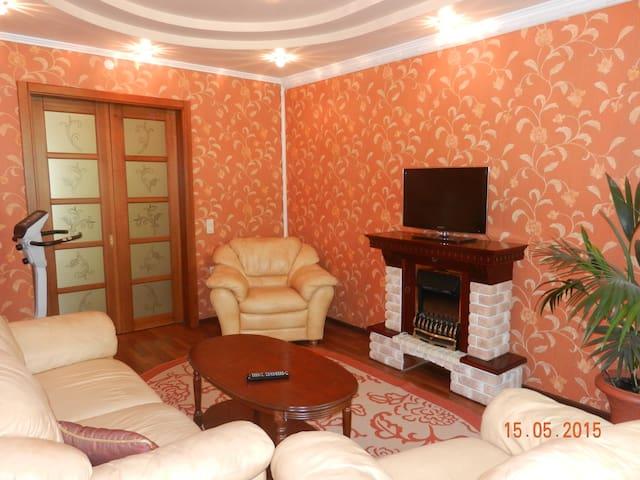 Роскошная квартира в центре - Новокузнецк