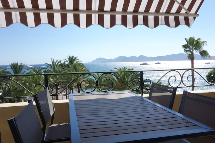 Appartement au bord de mer - Cannes - Appartement