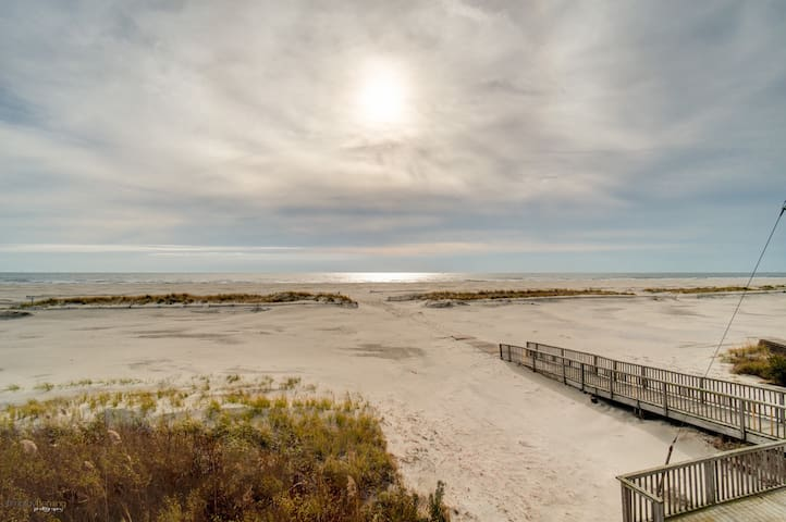 Family Friendly Condo On The Beach! - Wildwood Crest - Apartment