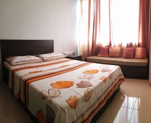 1-BR 41 sqm in BGC with 20Mbps Fibr and Netflix