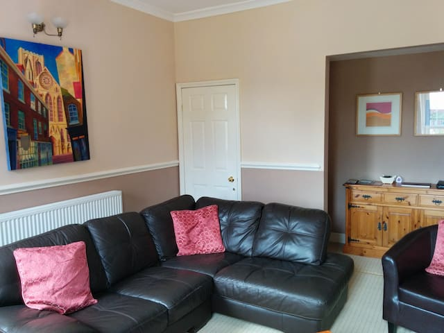 Self Catering FLat | LetitbeLincs - Gainsborough
