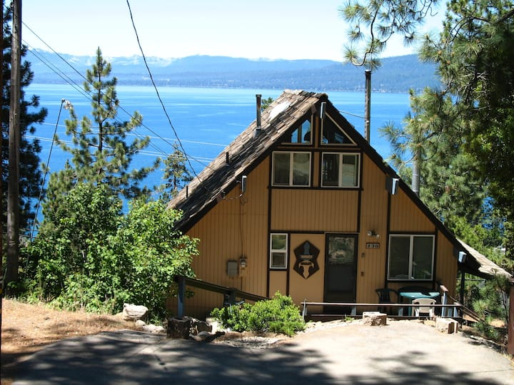 Sunset Chalet-  Panoramic Lake Views!!!