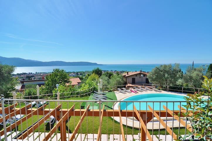 Two Bedroom Apartment Lake View - Toscolano Maderno - Apartamento