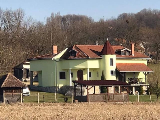 Seosko turizam Srbija, Mionica, Divcibare
