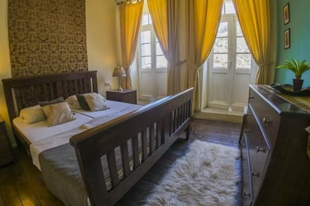 Berat Backpackers - Berat - Bed & Breakfast