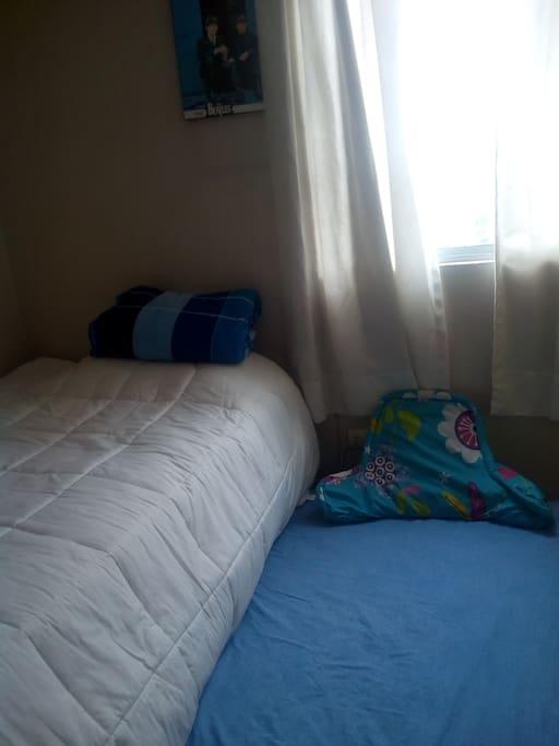 Dormitorio cama y cama anexo