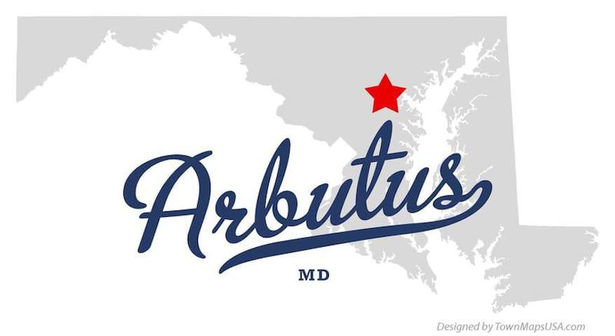 Arbutus getaway - Halethorpe
