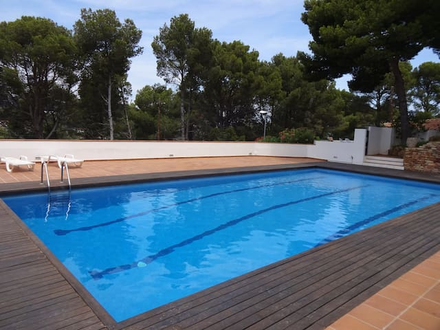 3Begur Sa Tuna-Costa Brava-Room 2 bed.Shared house