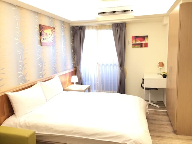 2D台中幸福森活草悟道Cozy Room(科博草悟道高樓景觀陽台房)