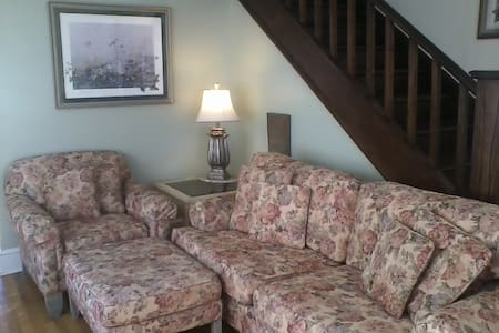 5 STAR RATED 10 YRS!  REDUCED FROM $195 PER NIGHT! - Waynesville - House