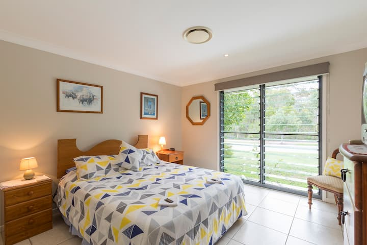 Bed and breakfast in luxury, Peregian Springs, Qld