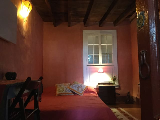 Habitación privada en Casa antigua canaria - El Paso