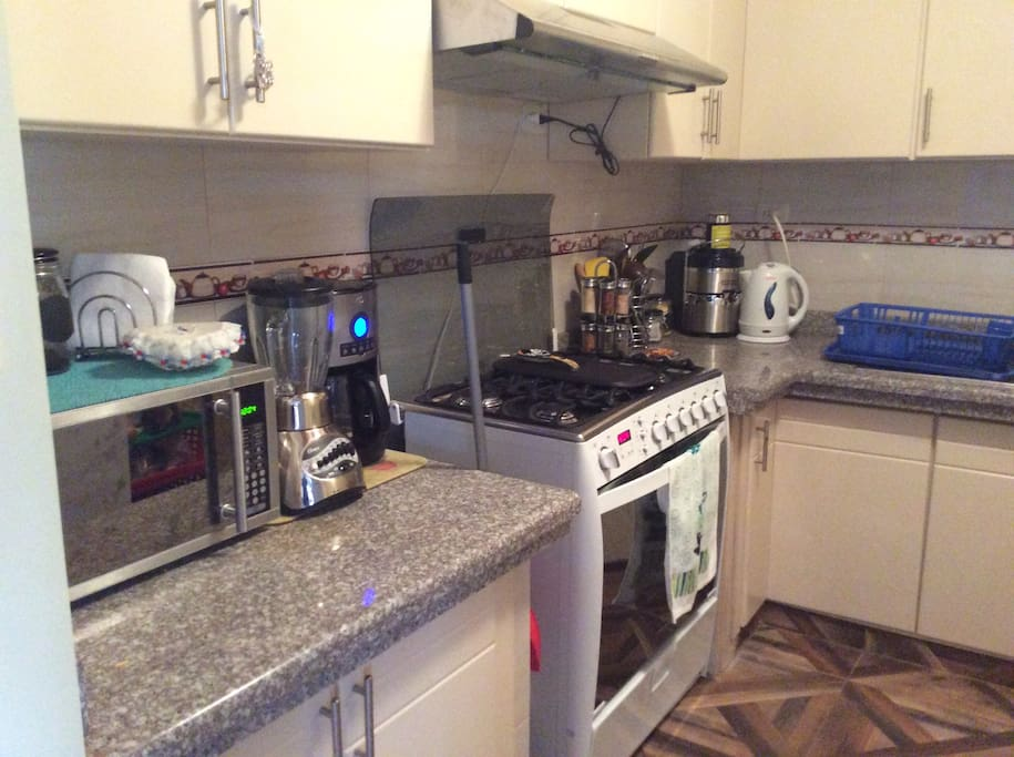 Access to fully functioning kitchen.