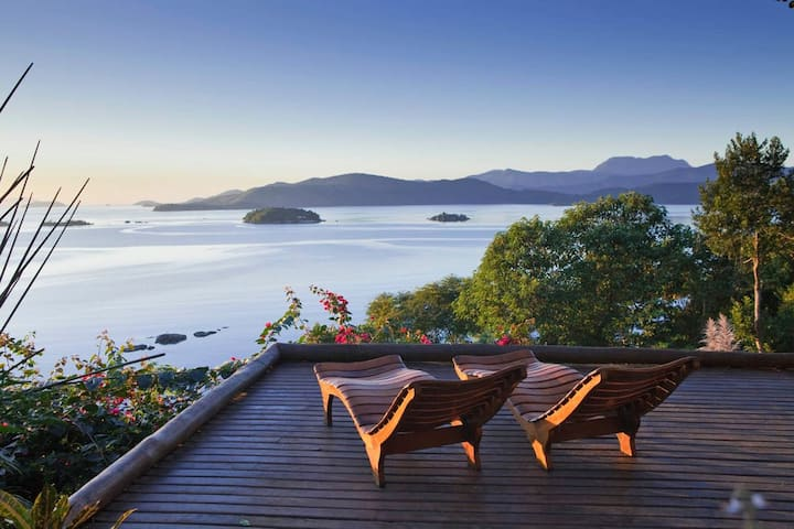 Surfer house with a fantastic view