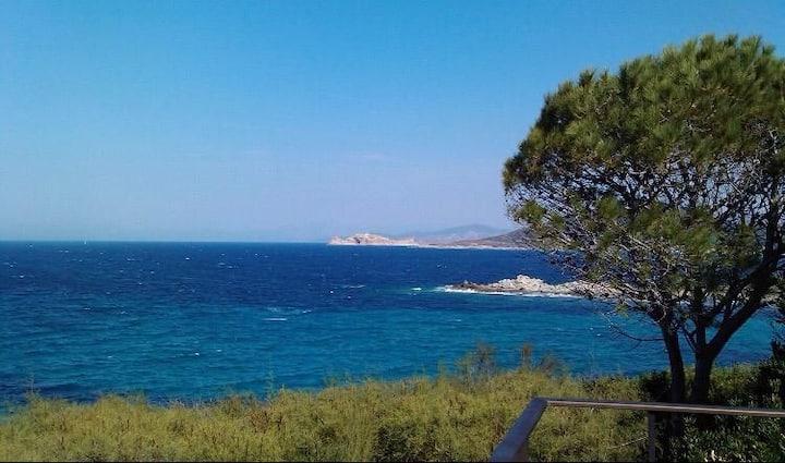 Belle villa avec vue exceptionnelle Méditerranée