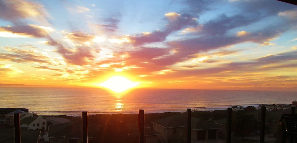 Starfish Surfhouse, Apartment JBay. - Jeffreys Bay - Apartament