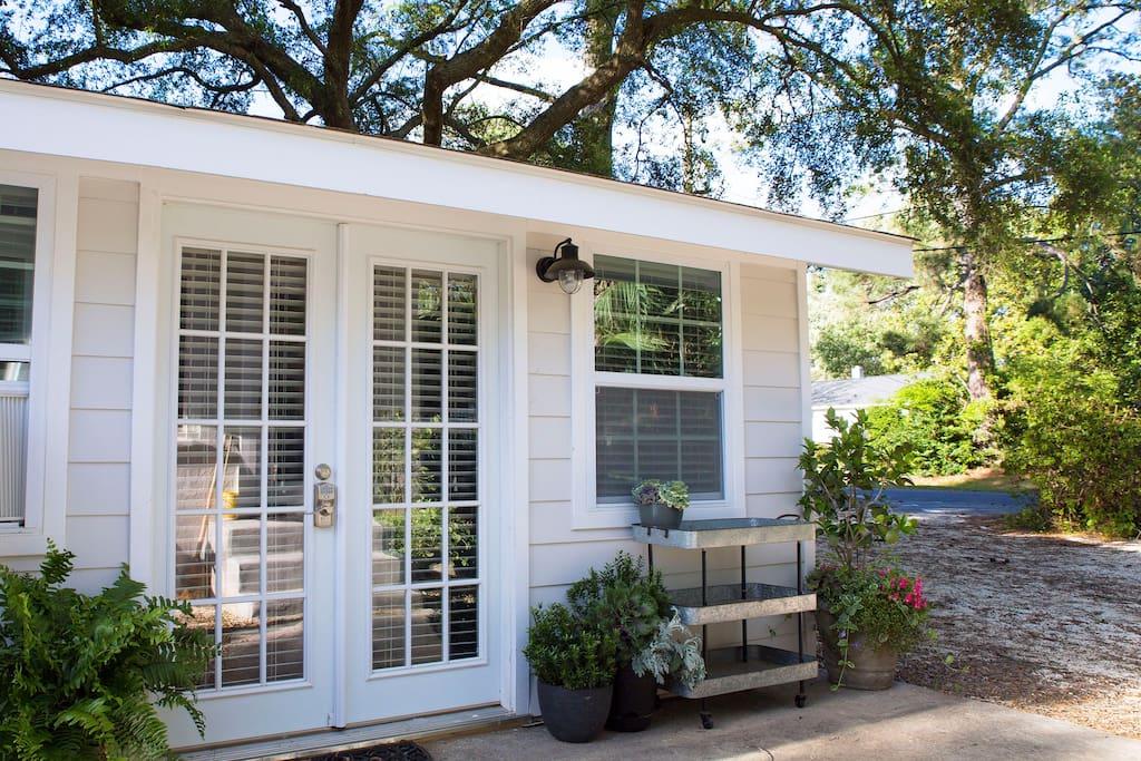 Top 100 Airbnb Rentals 2017 in Charleston, South Carolina