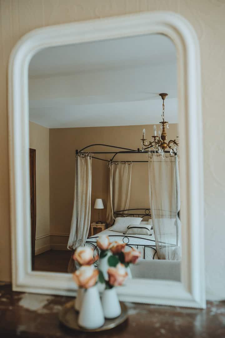 Chambre Eugénie-Double room-Superior-Private Bathroom-Park View