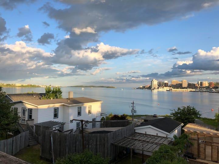Spectacular Harbourview Private Suite
