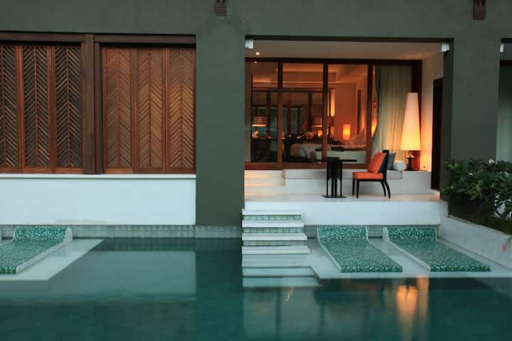 Pool Access at Samui!