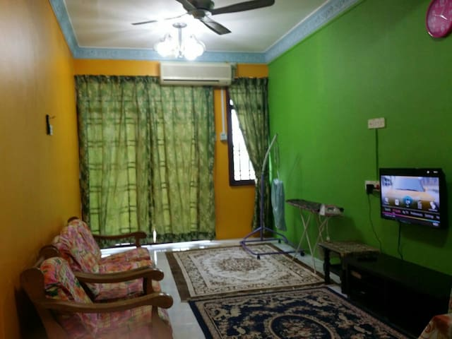 Large 3 room apartment Kuantan city - Kuantan - Apartamento