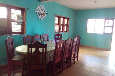 Habitaciones en casa familiar en la huasteca Hgo