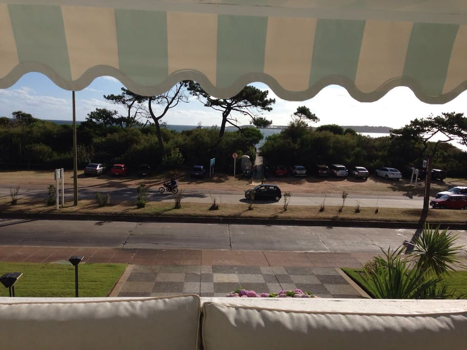 terraza playa mansa