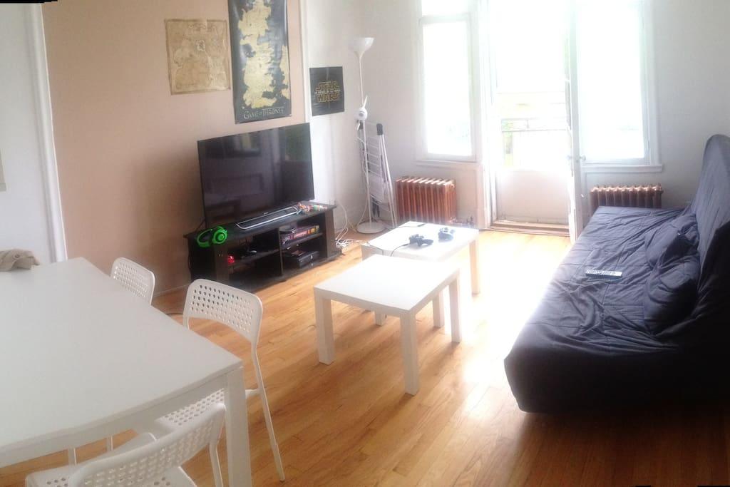 Chambre louer dans un appartement appartements louer for Chambre a loyer