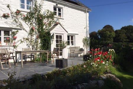 Stunning Dartmoor Farm House, 4 bedrooms - Lustleigh - 独立屋
